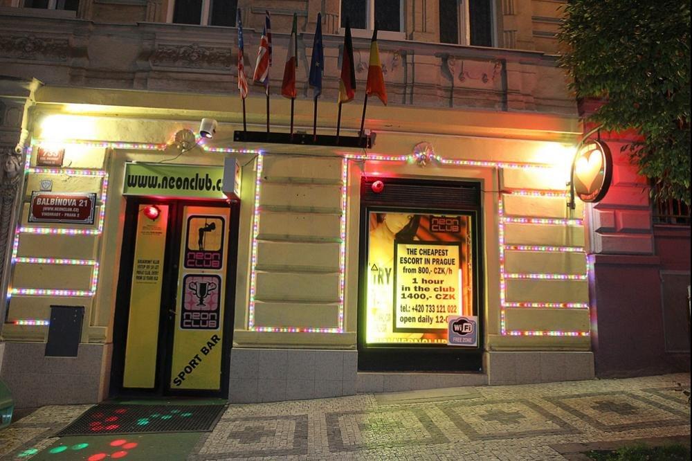 eroticke sluzby jihlava neon club praha